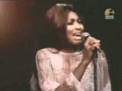 Tina Turner - Rolling on the river (1971)  (Proud Mary)