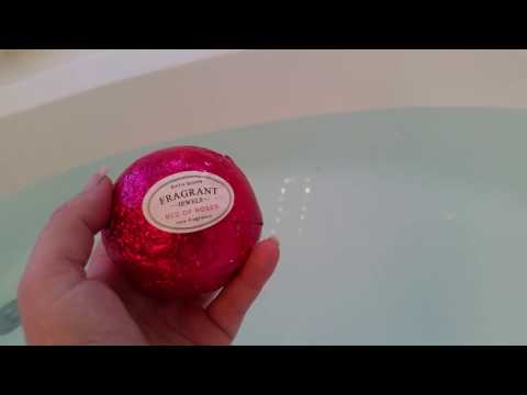 Fragrant Jewels Bed Of Roses bath bomb review