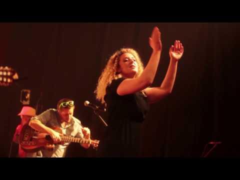 Trois Cafés Gourmands -  À nous - Live [Festival du son plein les bottes] - 2017