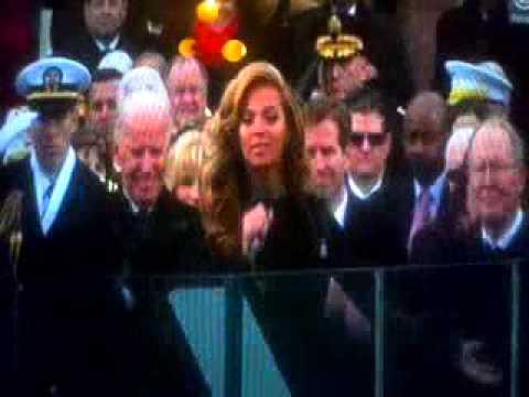 Wiadomości: Beyonce hymn z playback, Christina Aguilera, Mary J. Blige
