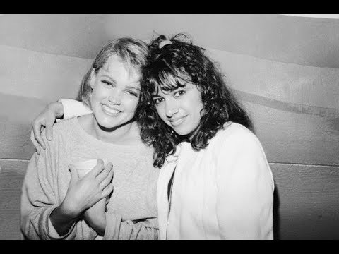 Susanna Hoffs & Belinda Carlisle - Our Lips Are Sealed (Live Audio)