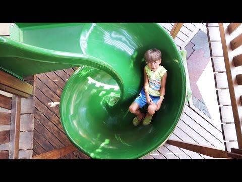 ???? Playground Sammie's Fun in Italy - Slides