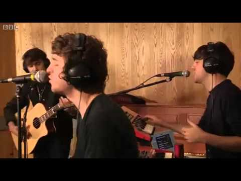 The Kooks - Pumped Up Kicks (Foster The People's cover)