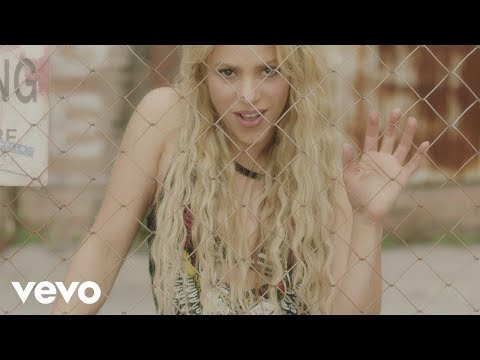 Shakira - Me Enamoré (Official Video)
