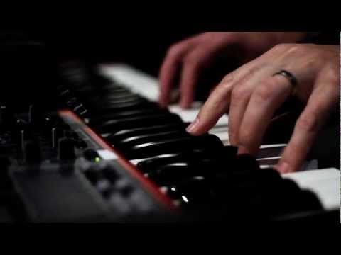 Passenger - Let Her Go (Official Video)
