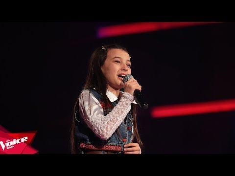 Kleansa - Love me like you do | Audicionet e Fshehura | The Voice Kids Albania 2018