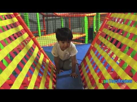 Indoor Playground for kids with Giant inflatable Slides