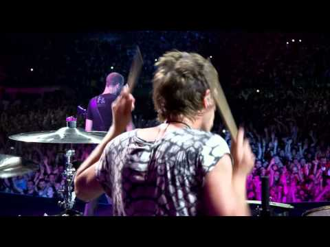 Muse - Plug In Baby - Live At Rome Olympic Stadium
