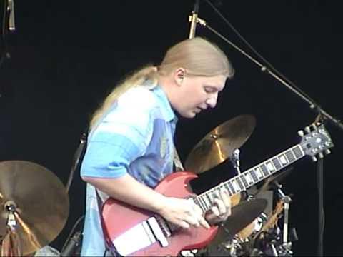 "Derek Trucks Band, ""Volunteered Slavery,""  9/11/2004, Princeton, MA"