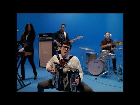 Weezer - Africa (starring Weird Al Yankovic)