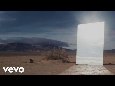 Zedd, Alessia Cara - Stay (Official Lyric Video)