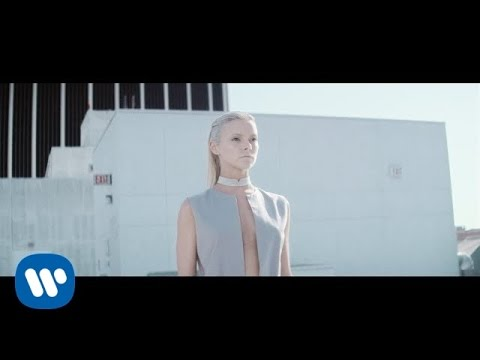 Muse - Mercy [Official Music Video]