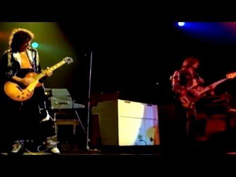 Led Zeppelin - Black Dog (Live Video)